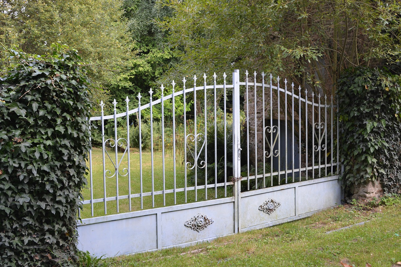 Contacter un professionnel pour l'installation d'un portail